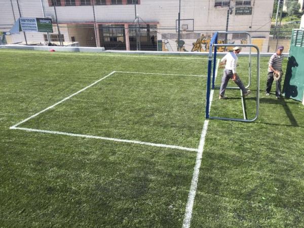 חדש - סימון מגרש כדורגל פסים בצביעה
